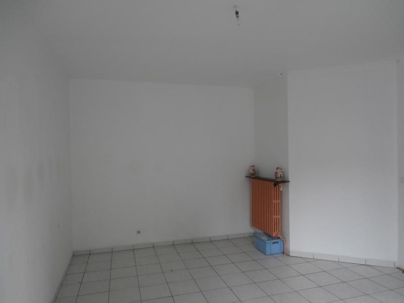 Sale house / villa Labastide-rouairoux 50000€ - Picture 3