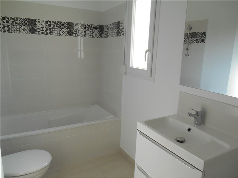 Location maison / villa Troyes 810€ CC - Photo 9