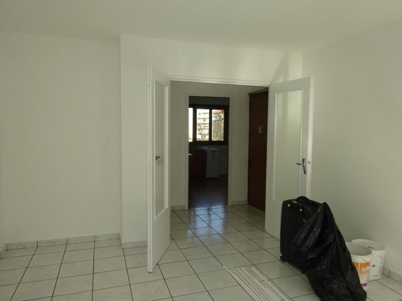 Verhuren  appartement Lyon 7ème 860€ CC - Foto 5