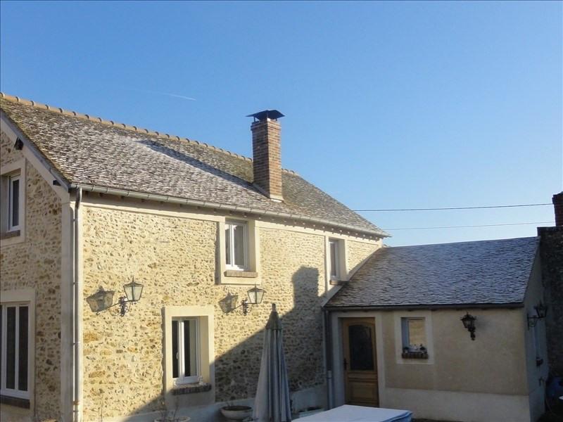 Sale house / villa Montfort l amaury 395000€ - Picture 1