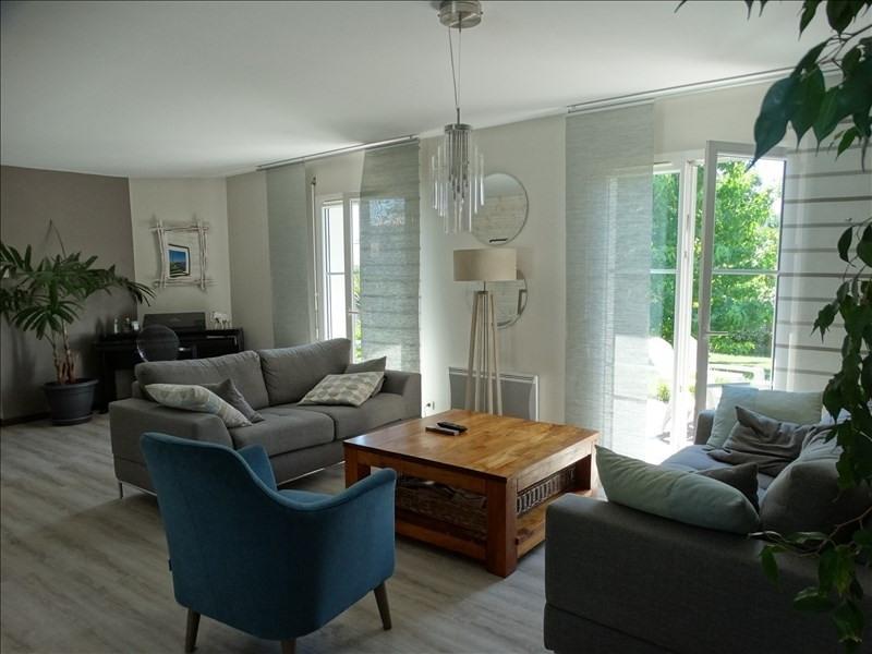 Sale house / villa Arsac 438700€ - Picture 1