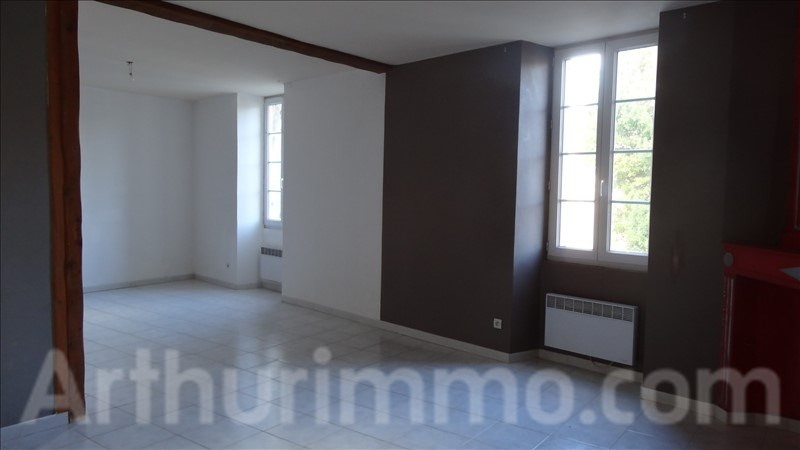 Location appartement Lodeve 550€ CC - Photo 1