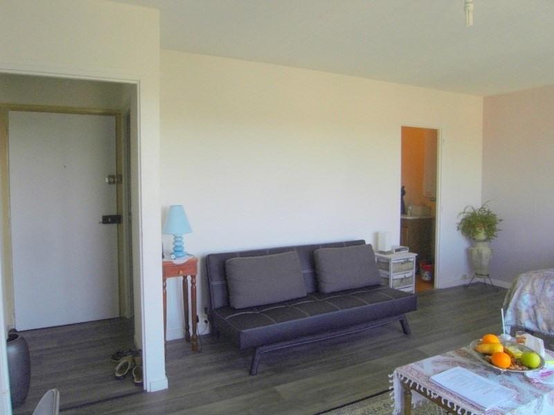Location appartement Cognac 338€ CC - Photo 1