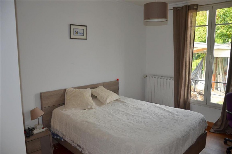 Sale house / villa Chartrettes 320000€ - Picture 5