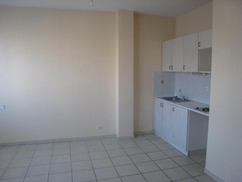 Location appartement La roche sur foron 402€ CC - Photo 1