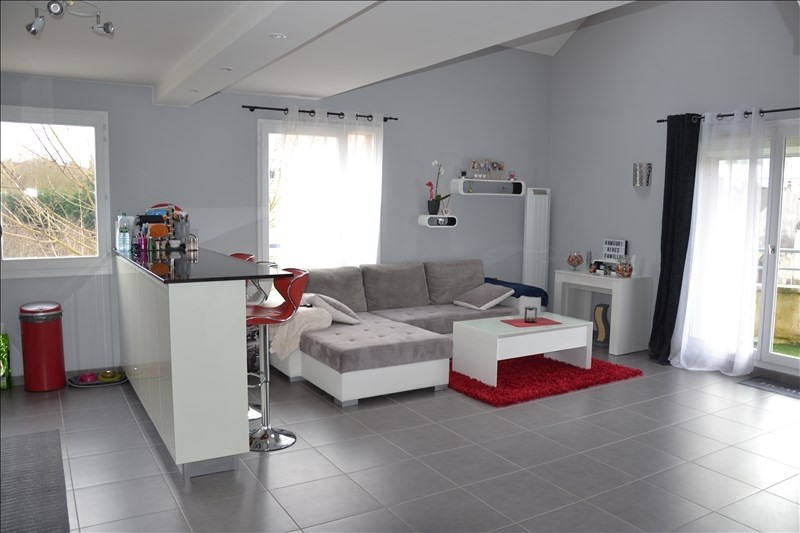 Sale apartment Osny 249 000€ - Picture 2