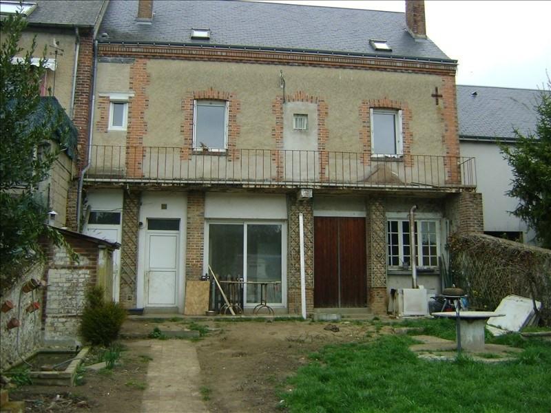 Sale house / villa Chateau renault 145600€ - Picture 1