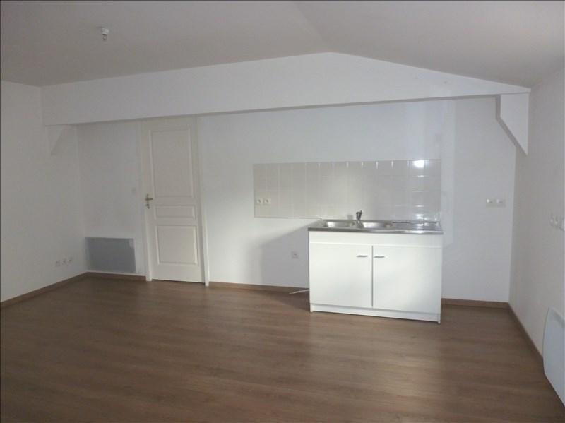 Location appartement Chatellerault 465€ CC - Photo 1