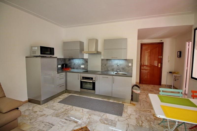 Rental apartment Nice 1 100€ CC - Picture 4