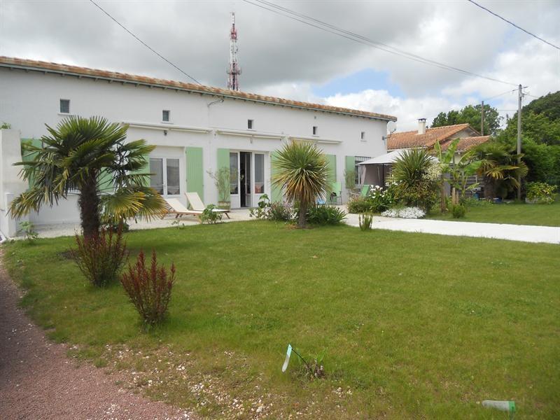 Vacation rental house / villa Vaux-sur-mer 1234€ - Picture 2