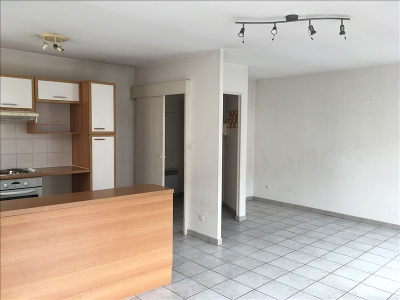 Location appartement Castelginest 677€ CC - Photo 1