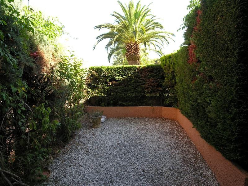 Vacation rental apartment Les issambres 710€ - Picture 9