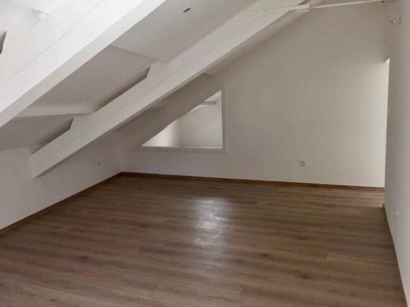 Rental apartment Villeneuve les avignon 595€ CC - Picture 5
