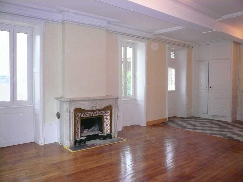 Sale house / villa Nivolas vermelle 175000€ - Picture 2
