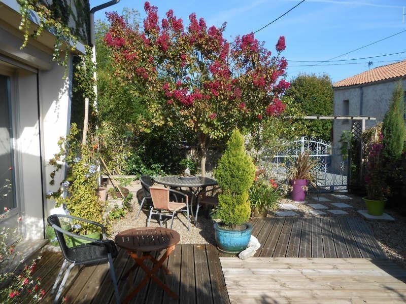 Sale house / villa D'aulnay de saintonge 129600€ - Picture 2