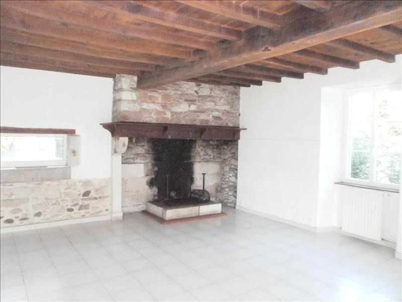 Location maison / villa Gan 880€ CC - Photo 3
