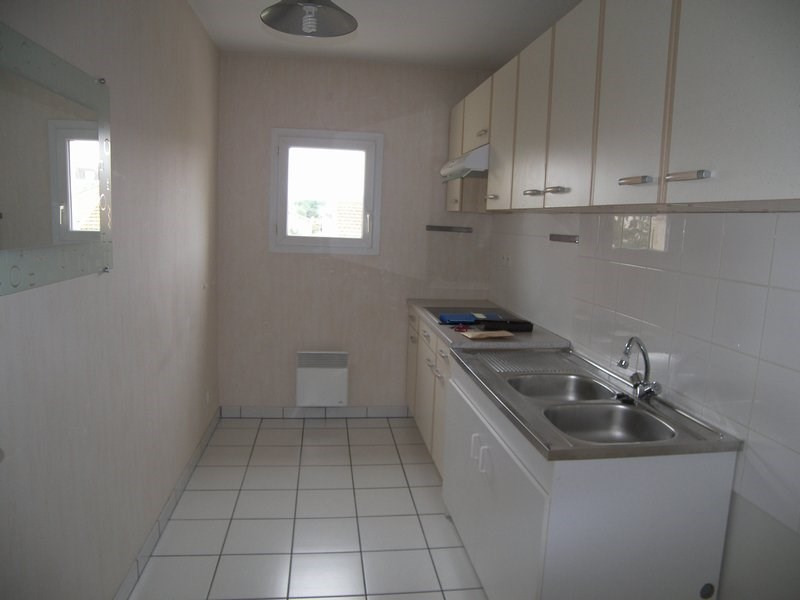Location appartement Agen 556€ CC - Photo 3