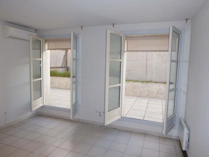 Rental apartment Nimes 735€ CC - Picture 2
