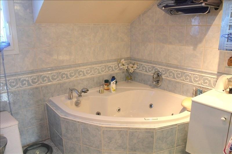 Sale house / villa Houilles 390000€ - Picture 8