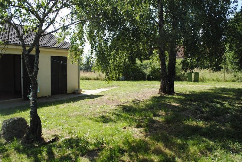Location maison / villa Saints 550€ CC - Photo 2