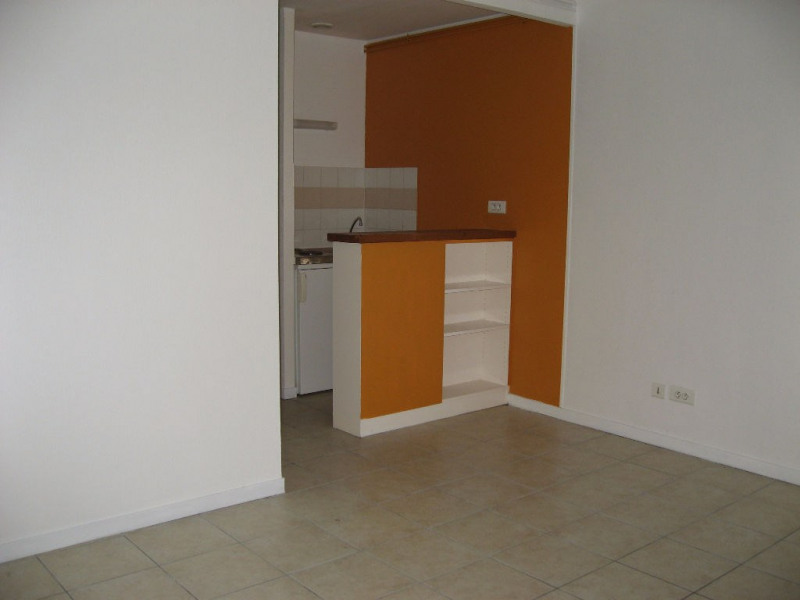 Rental apartment Limoges 410€ CC - Picture 1