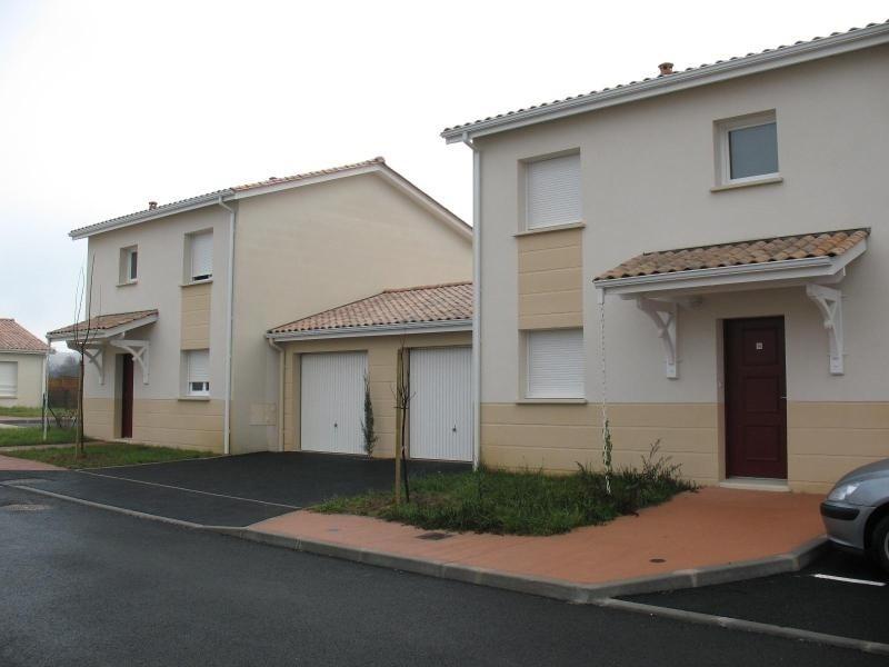 Location maison / villa Cadillac 716€ CC - Photo 1
