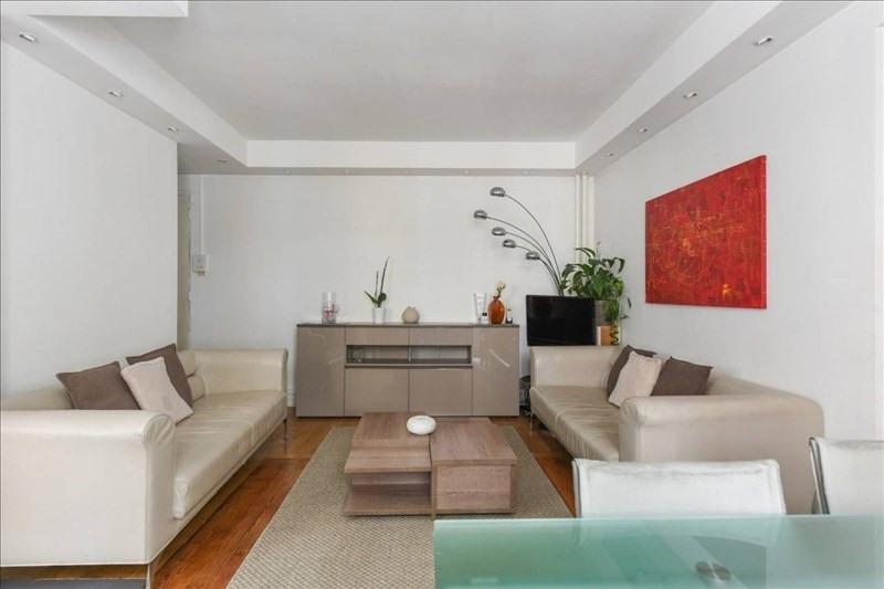 Location appartement Paris 17ème 2250€ CC - Photo 7