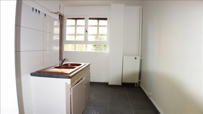 Location appartement Toulon 819€ CC - Photo 3