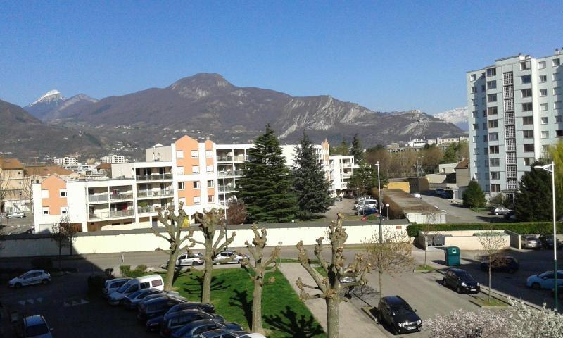 Location appartement Fontaine 693€ CC - Photo 5