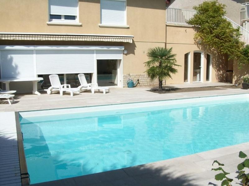 Sale house / villa Le coteau 295000€ - Picture 1