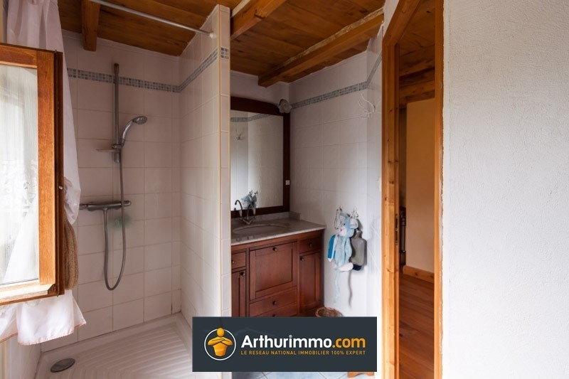 Sale house / villa Les avenieres 178020€ - Picture 8