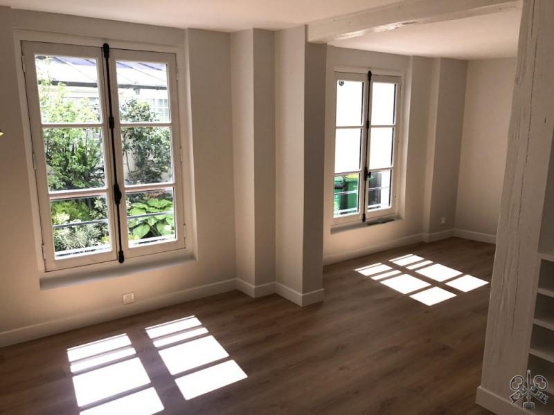 Sale apartment Paris 10ème 395000€ - Picture 7