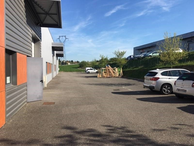 Location local commercial Charly 1107€ CC - Photo 3