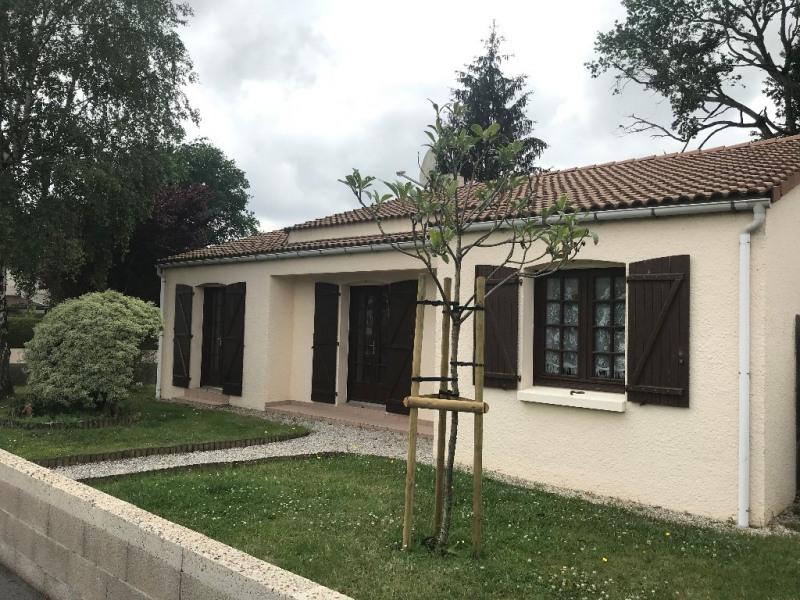 Vente maison / villa Sainte flaive des loups 168500€ - Photo 1