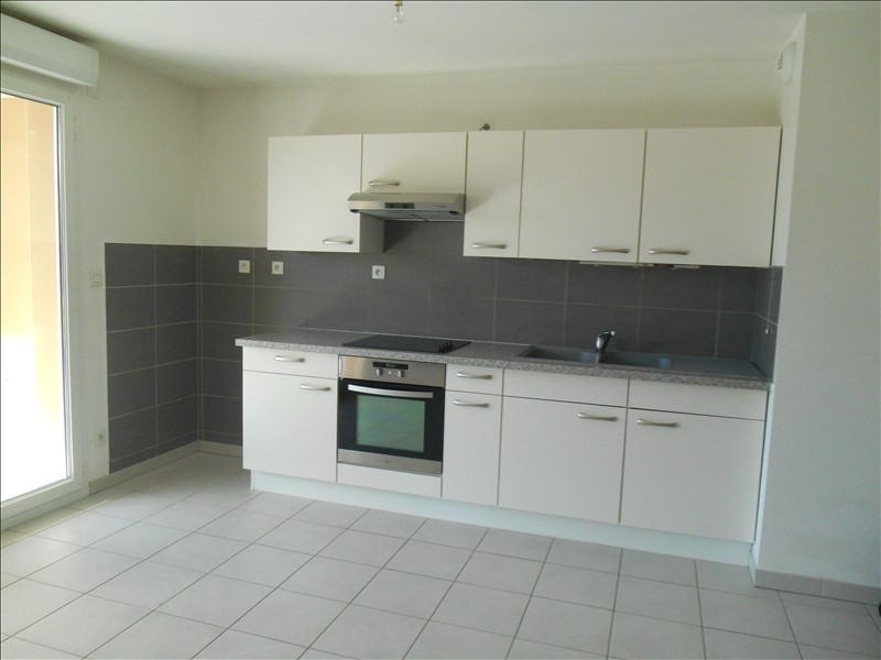 Rental apartment St julien les villas 720€ CC - Picture 8
