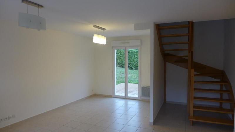 Location appartement Fleurieu 1103€ CC - Photo 4