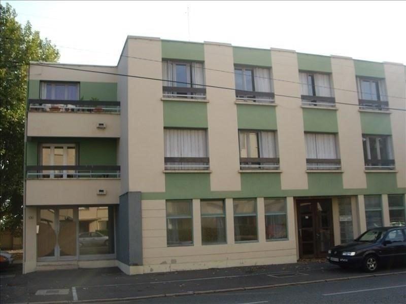 Location appartement Roanne 345€ CC - Photo 1