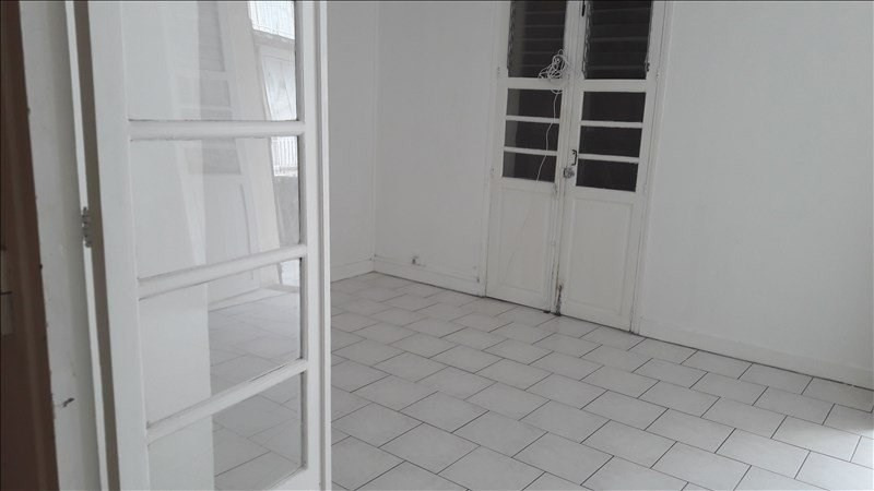 Location appartement Pointe a pitre 700€ CC - Photo 1