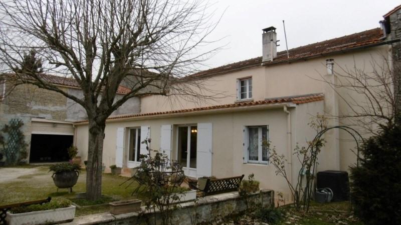 Vente maison / villa Entre cognac et jarnac 160500€ - Photo 1