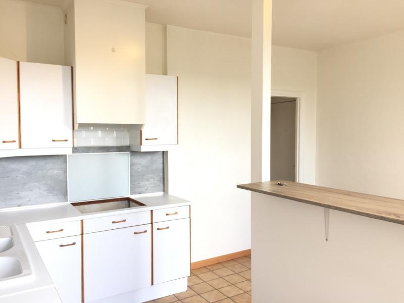 Rental apartment Auvers-sur-oise 680€ CC - Picture 3