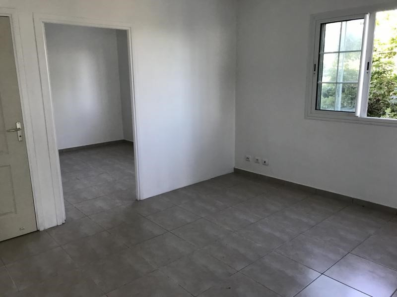 Rental office L etang sale 640€ HC - Picture 2
