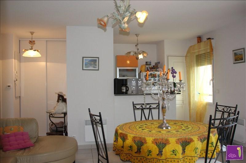 Verkoop  appartement Uzes 168000€ - Foto 3