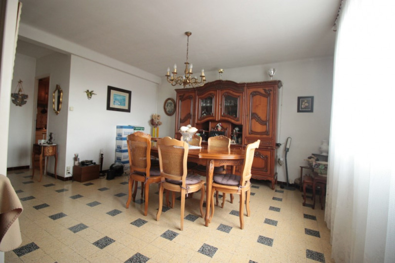 Sale apartment Marseille 82 000€ - Picture 1