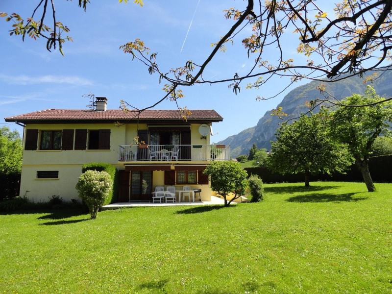 Vente de prestige maison / villa Collonges sous saleve 699000€ - Photo 2