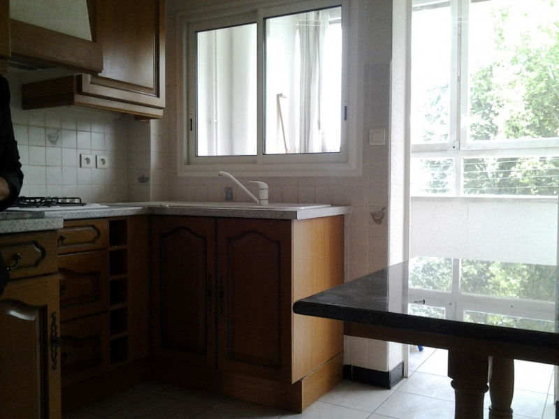Rental apartment Agen 650€ CC - Picture 3