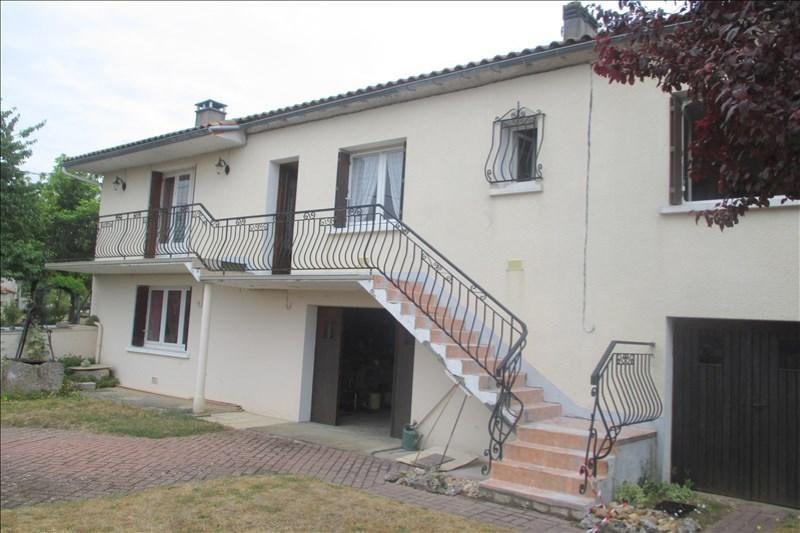 Sale house / villa Touvre 252000€ - Picture 4