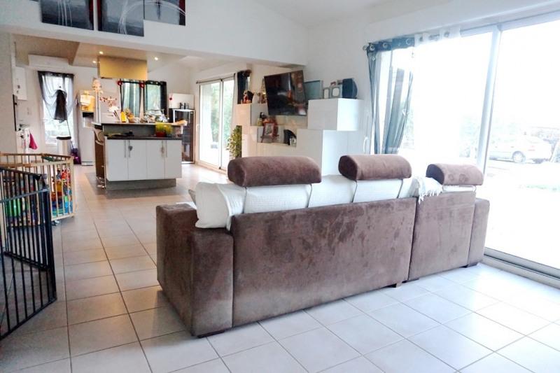 Vente maison / villa Les milles 290000€ - Photo 3