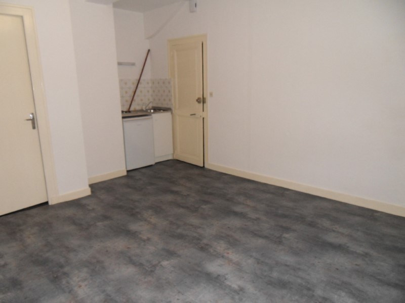 Rental apartment Cognac 280€ CC - Picture 2