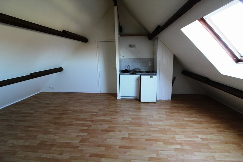Rental apartment Le tremblay sur mauldre 615€ CC - Picture 2