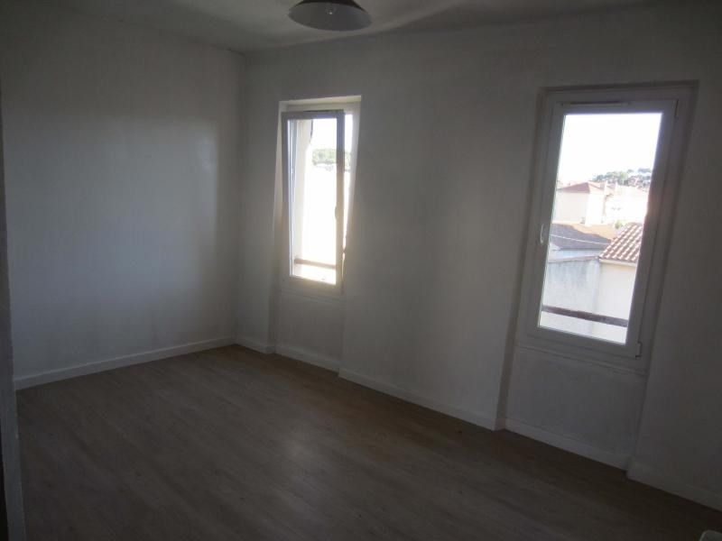 Rental apartment La seyne sur mer 480€ CC - Picture 5